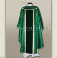 OG-AKS-06 GOTHIC STYLE CHASUBLE WITH VELVET PANELS