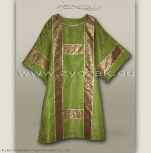 DS-ROZ-GT OLIVE GREEN SEMI-GOTHIC DALMATIC