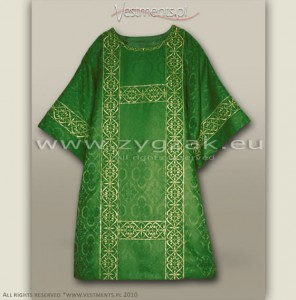 DS-ROZ-GH SEMI-GOTHIC DALMATIC
